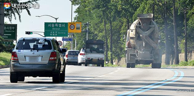 6월 1일부터 '서울형 미세먼지 비상저감 조치'가 발령되면 서울시내 노후경유차 운행이 제한된다