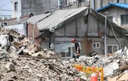 일 서울 용산구 상가건물 붕괴사고 현장