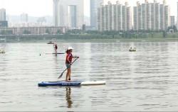 여의도한강공원에서 '패들보드'를 비롯해 다양한 수상레포츠를 체험해 보았다