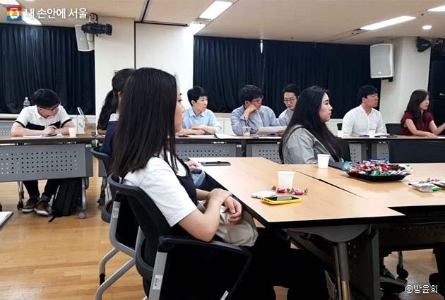 서울시설공단의 2018년도 대시민 접점 사업 '열린혁신시민과제'에 대한 25개 부서별 발표가 이어졌다