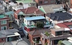 박원순 시장이 강남북 격차 해소 방안을 도출하기 위해 지난 7월 22일 이사한 강북구 삼양동 옥탑방 전경