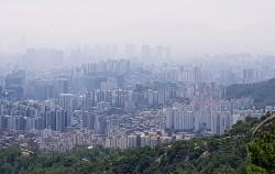 19일 2018 상반기 '작은연구 좋은서울' 결과발표회가 진행됐다. 기획 주제는 '서울의 맑은 공기를 위한 솔루션'으로, 사진은 미세먼지 낀 서울 모습.