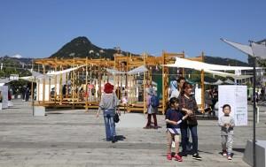 광화문 중앙광장에서 열린 '퍼블릭×퍼블릭' 공공미술 프로젝트 현장