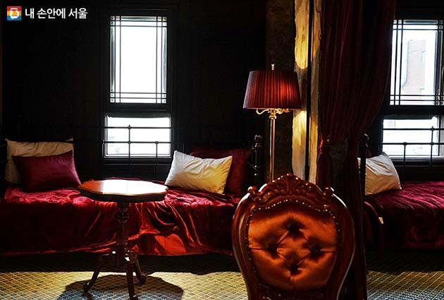 세느장 호텔(카페)의 실내 모습