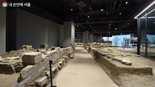 조선시대 종로의 골목을 짐작케 하는 흔적들