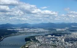 서울시는 도심 내 공공주택을 늘리기 위해 '도시정비형 재개발사업' 구역 주거용도 비율을 최대 90%까지 높인다.