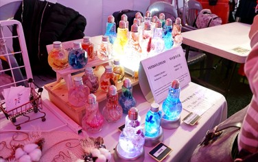 소품, 선물로 어울릴 만한 다양한 제품이 판매된다.