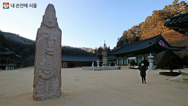 신라 선덕여왕 12년 자장율사에 의해 창건된 월정사는 오랜 역사만큼 많은 문화재를 보유하고 있다.