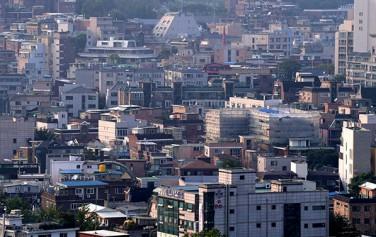 서울신는 강북 일대 빈집 14채를 시범 매입해 청년주택, 커뮤니티시설로 조성한다.