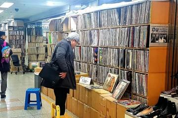 '뉴트로'에 취하다! 옛 감성 가득한 서울 명소들