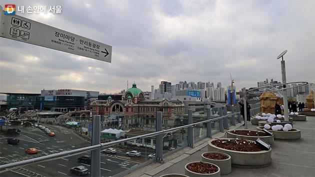 서울역앞 전경과 서울로(낮)
