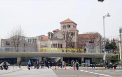 지난 28일, 서울도시건축전시관이 개관했다. 조선총독부 체신국 터에서 82년만에 시민공간으로 돌아왔다.