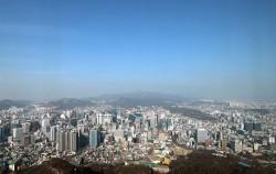 서울시는 홍릉일대 등 8곳을 도시재생지역 후보지로, 성동구 사근동 일대 등 5곳을 근린재생 일반형(주거지) 도시재생활성화지역으로 선정했다.
