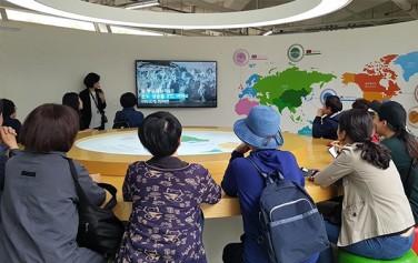 '그린리더' 양성 교육 프로그램의 일환으로 서울시에너지드림센터를 견학했다