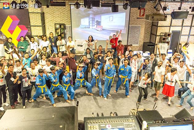 지난해 베트남 호치민에서 열린 FAN4 행사, 올해는 5월 6일부터 11일까지 서울 혁신파크에서 FAN5 행사가 열린다.