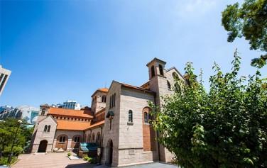 서울도시건축전시관에서 바라본 대한성공회 대성당