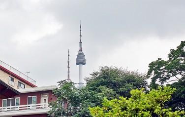 후암동에서 보이는 남산 서울타워