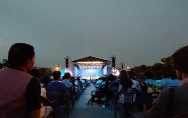 6월 9일 여의도 한강공원에서 서울시향 강변음악회가 열렸다.