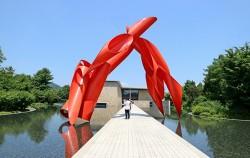 원주에 위치한 뮤지엄 산은 요즘 가장 주목받는 미술관이자 박물관이다