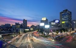 서울 야경명소 서울로7017에서 찍은 도심 길