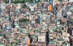 서울시가 빈집 실태조사를 벌이고, 빈집 활용 도시재생 프로젝트를 본격화한다