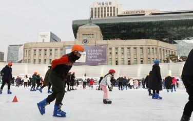 서울광장 스케이트장(2019-2020 시즌)이 12월 20일 개장한다