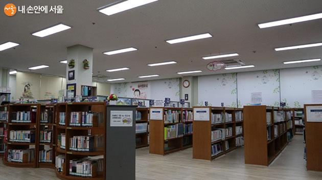 어린이도서관도 있는 이문체육문화센터