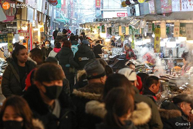 서울시는 코로나19 확산으로 인한 지역 경제 피해 방지를 위한 대책에 나선다
