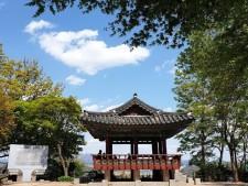 궁산공원둘레길에 위치한 소악루의 모습