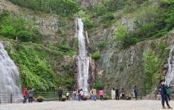 동양에서 가장 높은 인공폭포가 있는 용마폭포공원