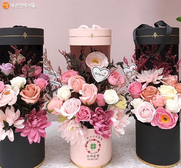 노원시니어클럽 생산품 : 원통형 꽃다발