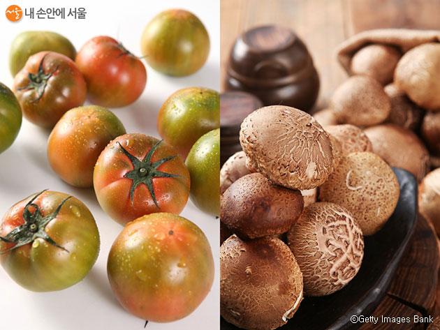 직거래장터에서는 토마토, 버섯 등 18개 지역 특산물이 판매된다