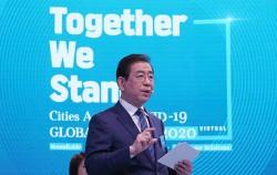 6월 3일 개최된 'CAC 글로벌 서밋'에서 '기후위기에 맞선 서울의 비전'이라는 주제로 발표하는 박원순 서울시장