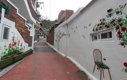 서울시는 오는 7월 11일부터 10월 3일까지, 매주 토요일 '서울문학기행'을 진행한다. 사진은 녹번 산골마을
