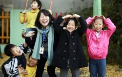 서울시자원봉사센터 로비에서 서울동행 주무관들을 기념촬영하는 시간을 가졌다.