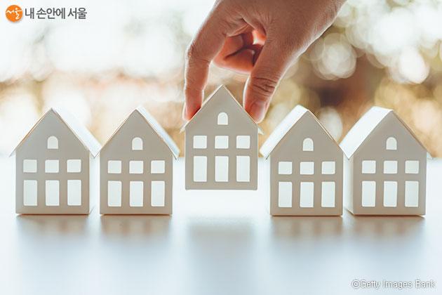 서울시는 9개구 35개 단지 3,607호 영구임대주택의 예비입주자를 모집한다