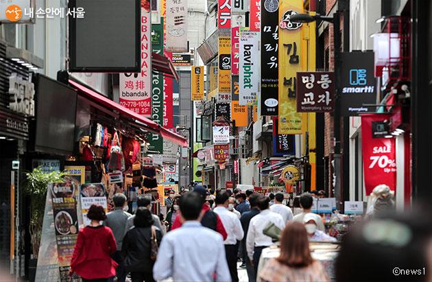 서울시는 서울시내 관광특구와의 상생 프로젝트를 통해 소상공인의 매출 향상에 도움을 줄 예정이다