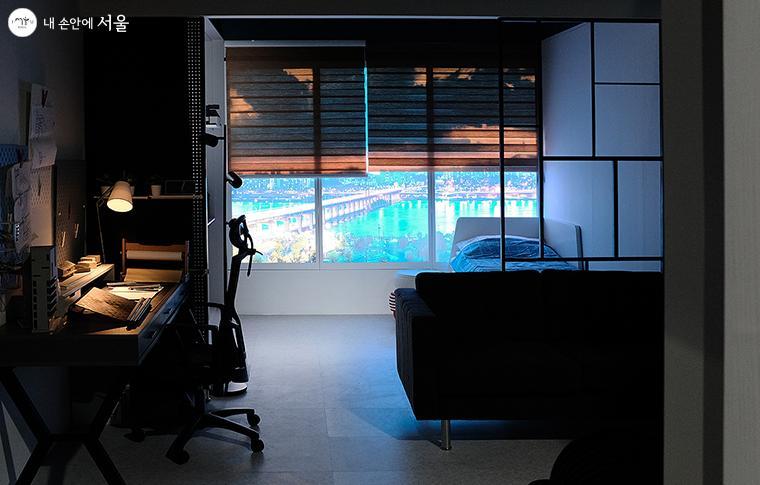 한강이 보이는 SH 서울주택도시공사 청신호 주택의 내부 ⓒ김아름
